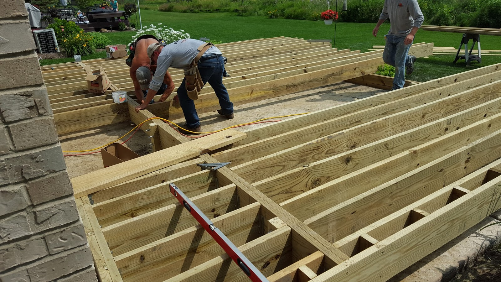 decking companies chicago during work